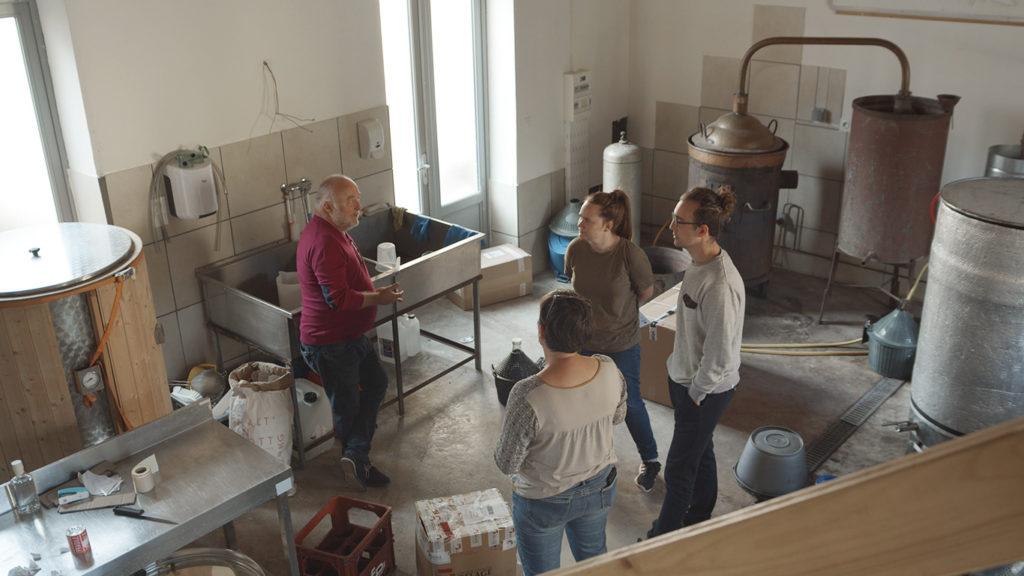 À l'intérieur de la brasserie la Valdaz