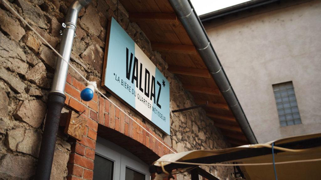 Façade de la brasserie la Valdaz