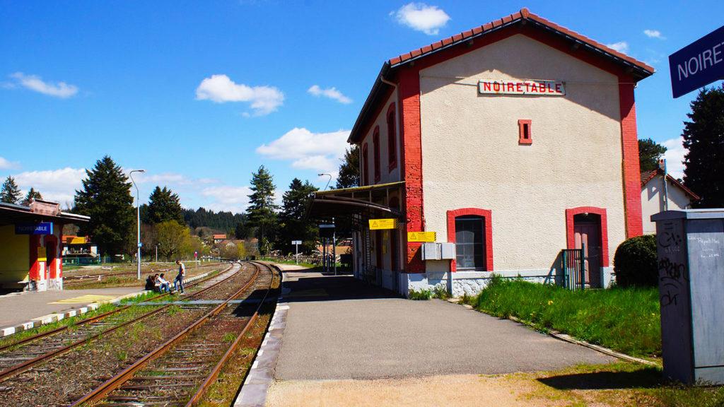 La gare de Noirétable, fermée depuis 2016